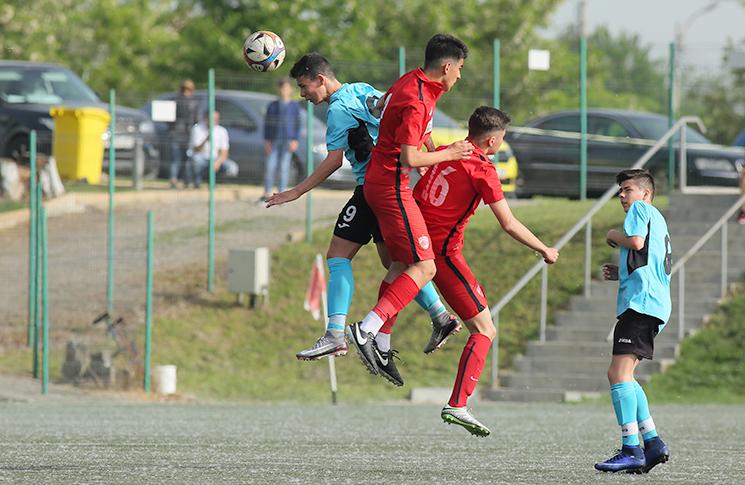 Dinamo - FC Juniorul 1-1