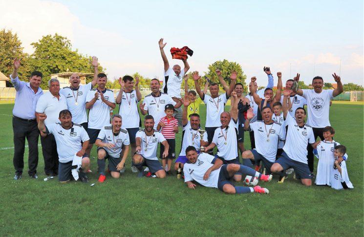 FC Union în sărbătoare! Echipa lui Ștefan Mirea a cucerit primul titlu de campioană